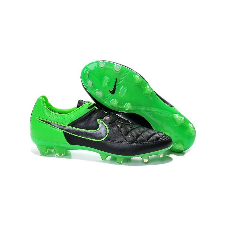chaussure de foot tiempo nike