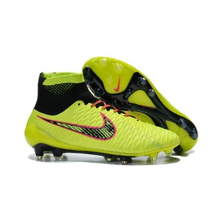code promo a6577 03e5c Coupe du Monde 2015 Crampons Nike Magista Obra FG Volt ...