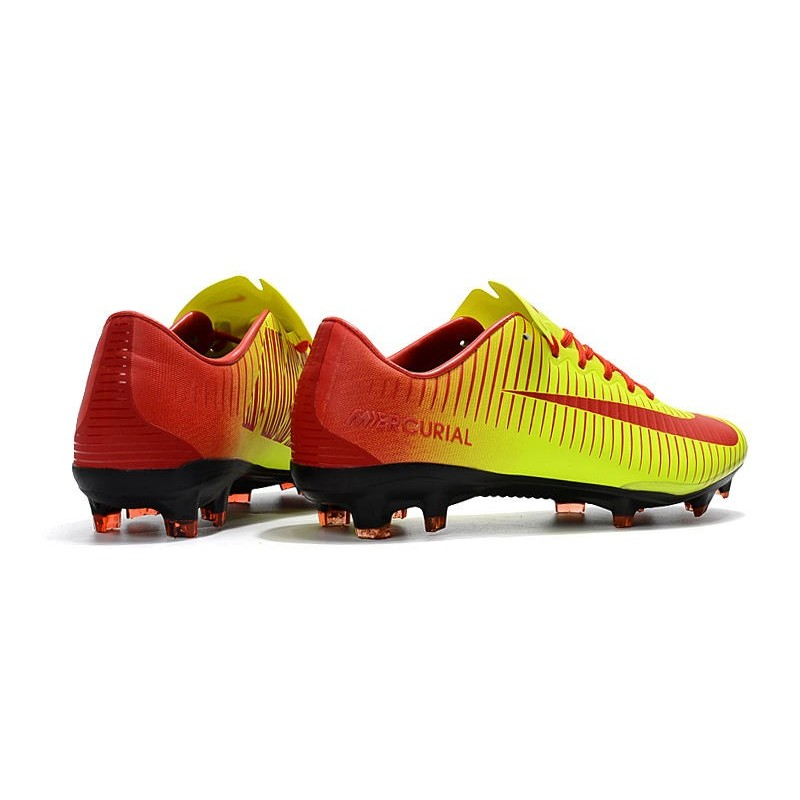 buy online ee856 03b84 Chaussures de Football Nike Mercurial Vapor XI FG pour Hommes Rouge Jaune