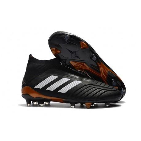 designer fashion f61e2 ab012 Nouveau Chaussures de Foot Adidas Predator 18+ FG Noir Blanc