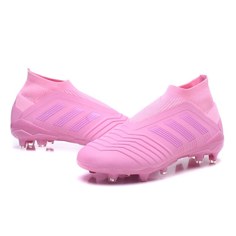 chaussures foot adidas rose